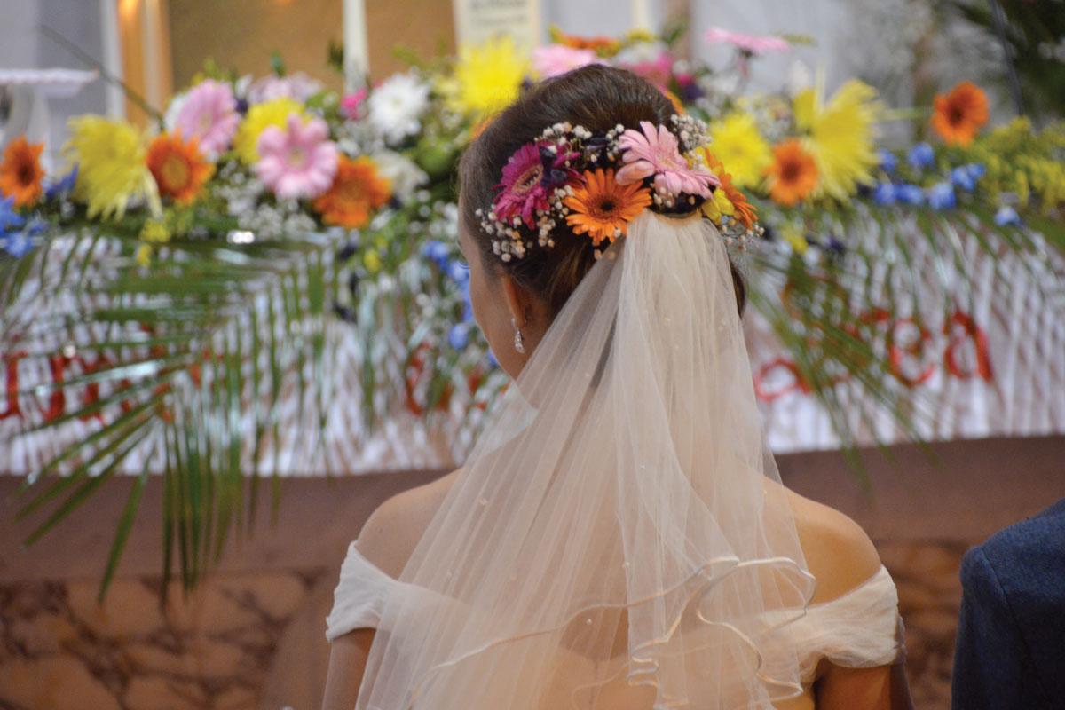Wedding-floral-headress